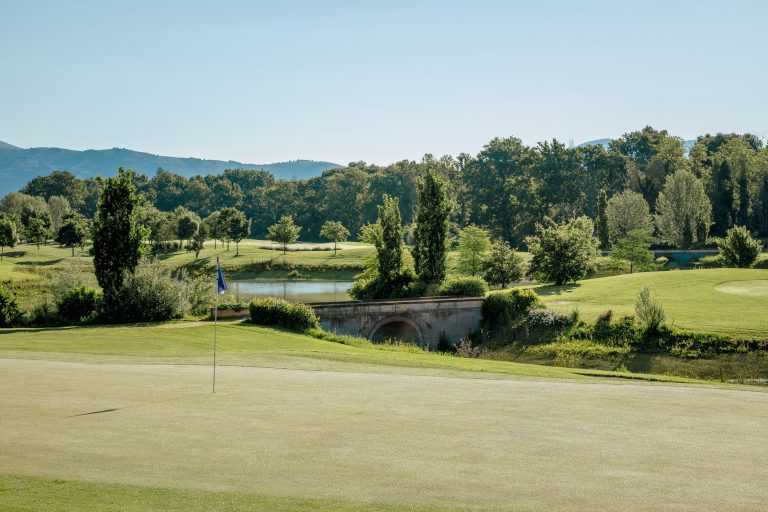 Golf and Country Club le Pavoniere, Your 18 hole golf course in Prato the gateway to Florence
